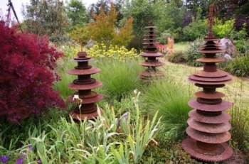 Sculpture IS installation - Sierra Azul Nursery & Garden